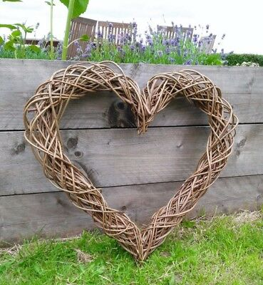 Large Willow Wicker Wreath 70cm Heart Garland Natural Rustic Decoration Flower