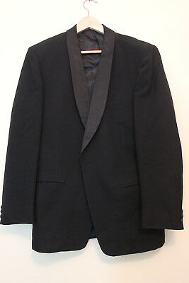 Vintage Suit for men size 38 very nice tailoring  50s maybe 60s Mad Men