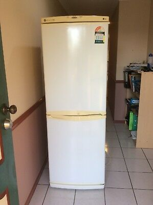 LG Bottom Mount Fridge Freezer