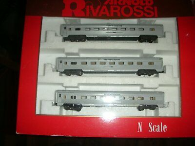 2 X N Scale Rivarossi Penn Central passenger car sets