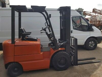 Heli Electric Forklift 2.5T, 3.3m Lift, Container Spec, Refurbished, New Tyres