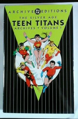 Teen Titans Archive  # 1 Nearly  New