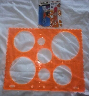 Pack Of 2 Fiskars Shape Cutter Replacement Blades Plus Circle Template.