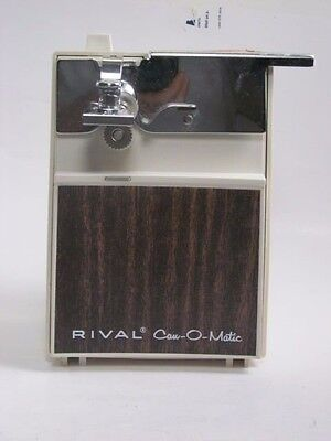 Rival Can-O-Matic vintage Almond Woodgrain can opener