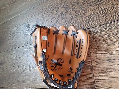Synthetic leather   baseball glove   BNWOT