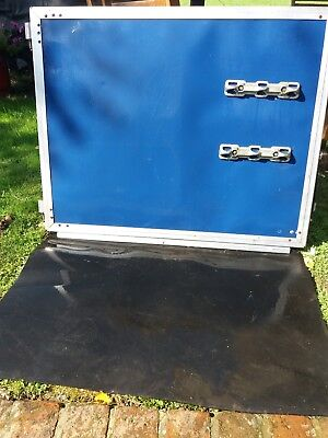 Ifor williams horse trailer 505  partition one section.