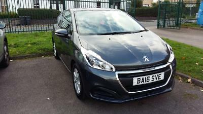 2016 Peugeot 208 - Immaculate and flawless conditions