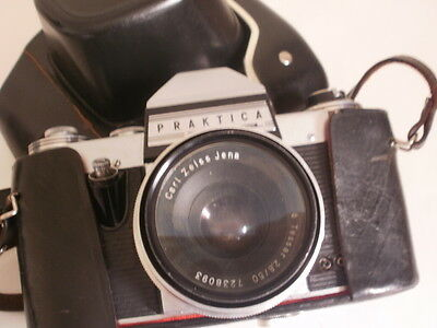 vintage(60's)germany practica nova camera with a carl zeiss jenna tessar 2,80/50