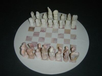 Chess set, onyx with board