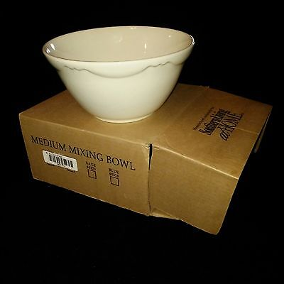 Southern Living at Home Hospitality GP Collection Cream Mixing Bowl