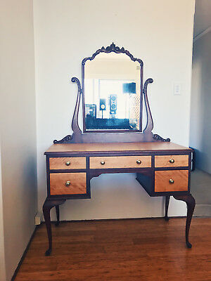 Dressing Table in excellent condition Antique Art Deco Wood Vintage