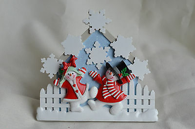 Snow Couple Christmas Table Plaque with 6 Family Flakes new can be personalized