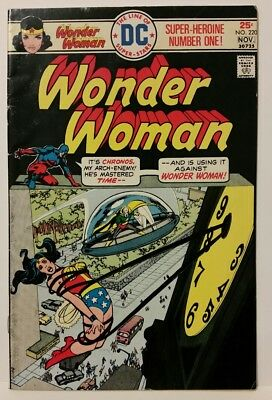 Wonder Woman #220 (Oct-Nov 1975, DC). Combine shipping!