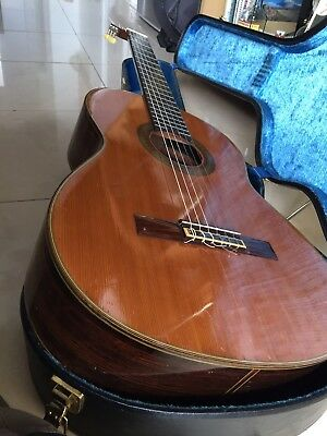 Guitare YAMAHA Grand Concert GC-5C
