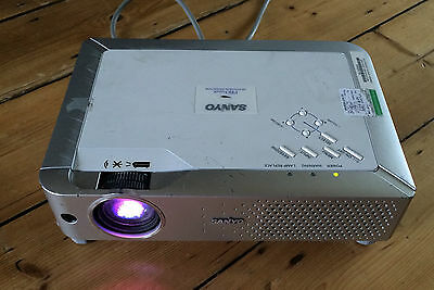 Sanyo projector PLC Xe30  Pro xtrax with brand new LMP 93 lamp