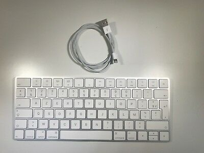 Apple Magic Keyboard Français  AZERTY MLA22D/A