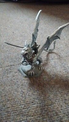 Huma's Silver Dragon. Ral Partha 1989.Used. Painted. 4x5.5 inches.