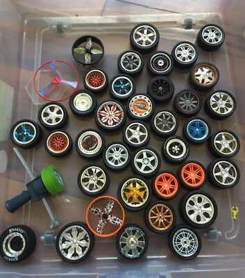 Fly Wheels Road Champs Lot of 36 plus extras