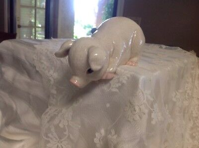 Vintage Pig Shelf Hugger