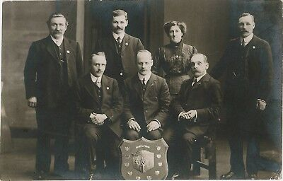 TYNESIDE Lyceum District Council Group (1913) - REAL PHOTO POSTCARD
