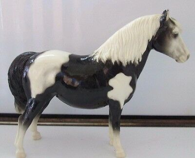 Vintage Breyer Toy Horse Pony black & White Paint w/ Collectors Manual