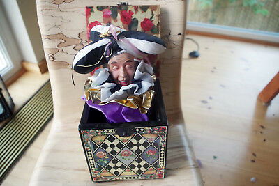 Enesco Spieluhr Musical Jack in the Box scaramouche greensleeves