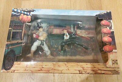 Street Fighter IV Collectors Edition XBOX 360 Game & Figures