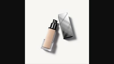 Burberry Fresh Fluid Luminous Fluid Base: Nude Radiance No1/Golden Radiance No2