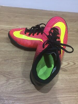 Boys Nike Mercurial Astro Turf Trainers Size 5.5