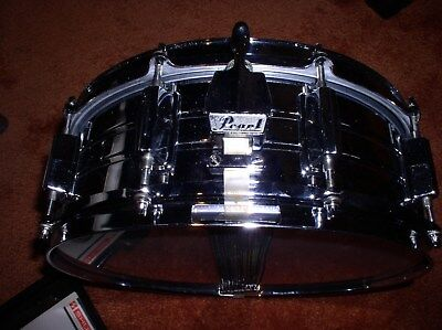 """Pearl Chrome Snare Drum, Nice Sounding, Excellent Cond.  14"""" X 5"""""""