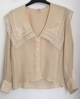 VINTAGE Peony 1920s Nude Cream Silk Blouse with Lace Trim Oversized Collar - Sml