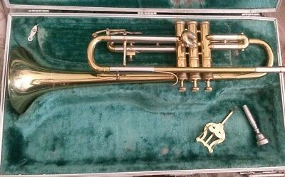 Besson 2-20 Trumpet Student Line Brass & Silver Plate Mother of Pearl Vintage