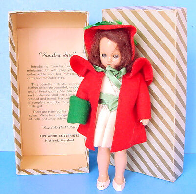 "1950s RICHWOOD 7.5"" SANDRA SUE DOLL in WHITE DRESS w GREEN TRIM & RED COAT BOXED"