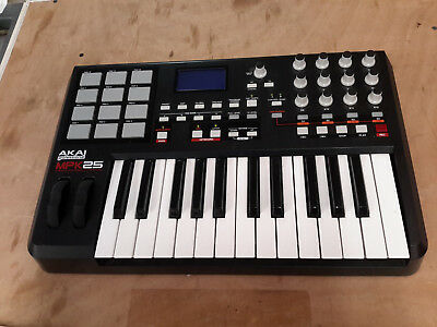 Akai MPK25 Keyboard - USB/MIDI Preformance Keyboard