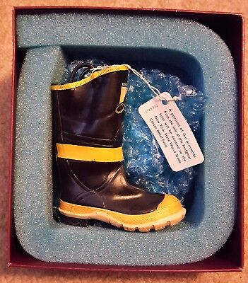"Just The Right Shoe ""firefighter Boot"" 25312 Retired 2002 By Raine-Nib"