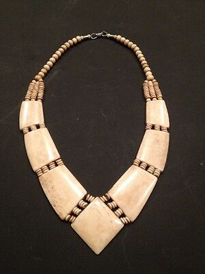 Attractive Late 19th / Early 20th Century Bone ( Bovine ) Necklace- Free Postage