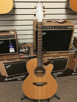 Takamine P3NC Acoustic/ Electric  Guitar Pro series w/case