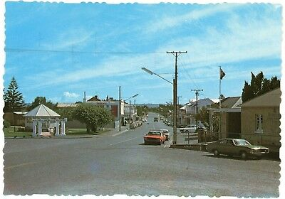 1970's postcard - Goolwa (main street), South Australia