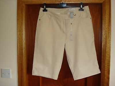 BNWT Ladies Callaway Beige Golf Shorts US size 10 UK size 14