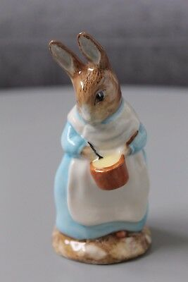 Beatrix Potter's Mrs Rabbit Cooking Royal Albert 1992