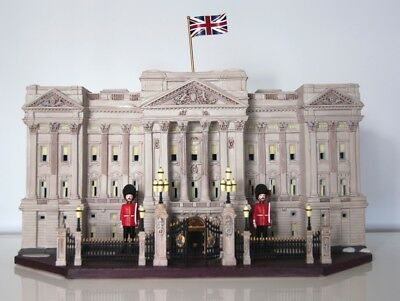 RARE Porcelain Buckingham Palace, Limited Edition (Discontinued)