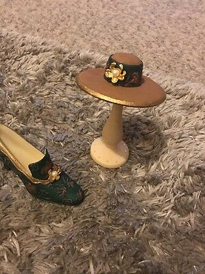COLLECTABLE SHOE  Hat And Stand  ORNAMENT - BEAUTIFUL
