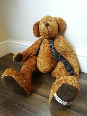 Traditional Collectors Bear fully jointed by Sue Kerly 20 inches long