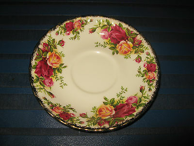 Royal Albert Old Country Roses : A Deep Saucer