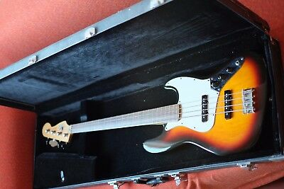 Basso Fender Jazz fretless made in Mexico