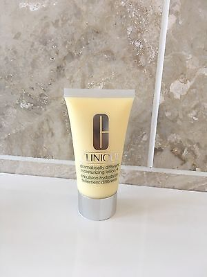 Clinique Dramatically Different Moisturising Lotion + 50ml