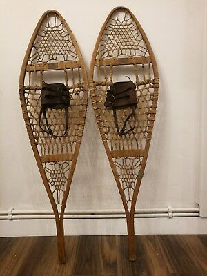 PAIR VINTAGE ABERCROMBIE & FITCH Co NEW YORK SNOWSHOES MAINE MODEL