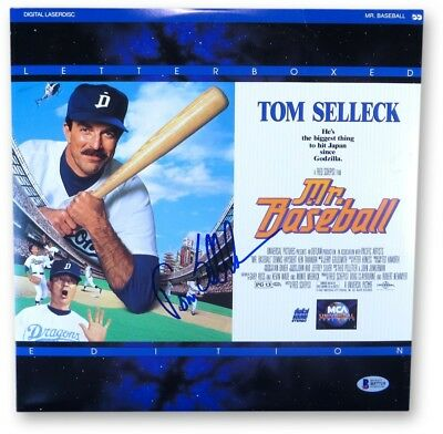 Tom Selleck Signed Autographed Laserdisc Cover Mr. Baseball Beckett B57719
