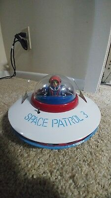 Space Patrol 3 Yoshia Flying Saucer Battery Operated Japan Tin Toy