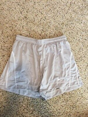 Nike Women's Running Work Out Gym Shorts Fit-Dry Large Unlined Kd6